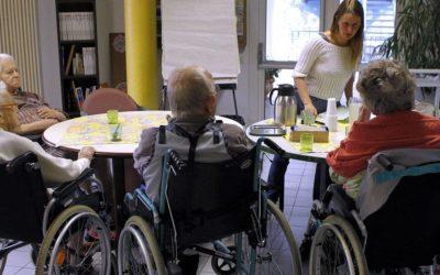 Aide aux personnes âgées: «Le système est à bout»