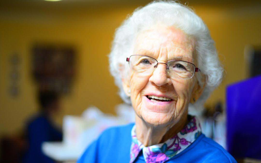 Comment les soins à domicile améliorent-ils la qualité de vie des personnes âgées ?