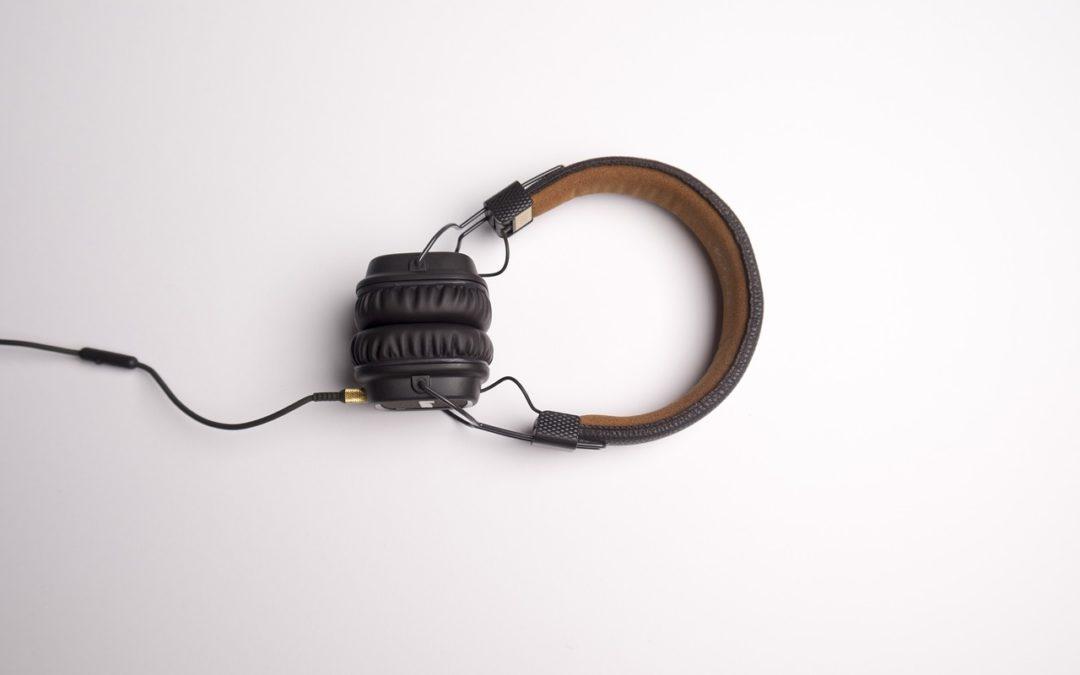 Troubles de l'audition, problèmes auditifs et santé mentale chez les seniors