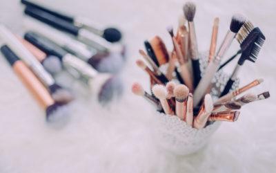La thérapie par les cosmétiques permettrait de freiner l'effet de la maladie d'Alzheimer sur les personnes âgées