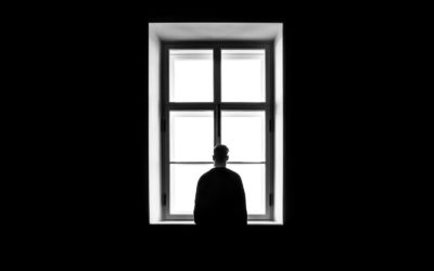 Comment diminuer le sentiment de solitude et se sentir moins seul ?